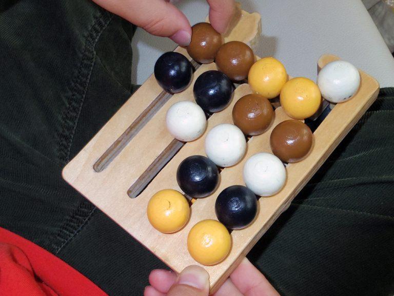 16球パズル・昭島ひまわりの家
