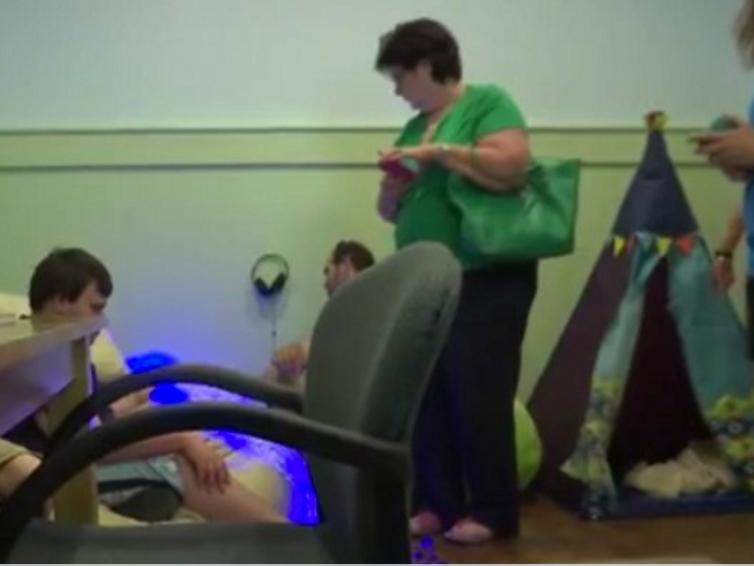発達障害の子が落ち着ける部屋があるテーマパーク dl2