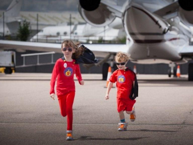 航空会社も協力し発達障害児の夢を叶える
