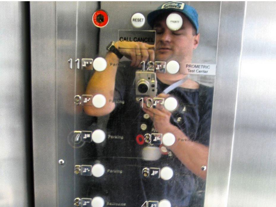 発達障害の方に大人気。エレベーターの動画 el3-1