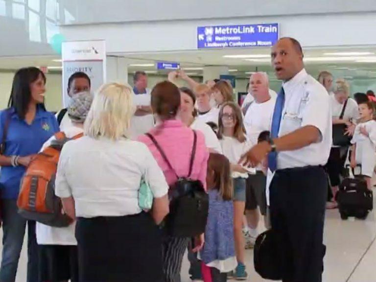 発達障害児と家族が飛行機旅の練習ができる機会