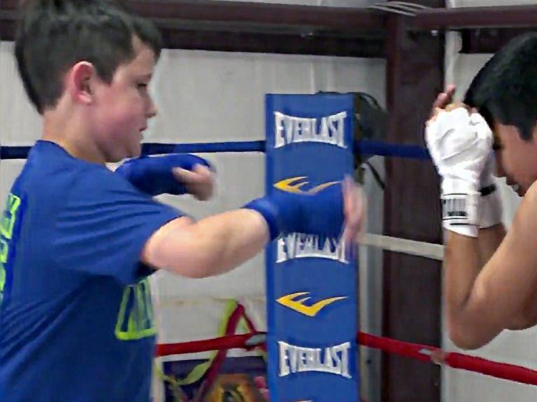 夢をかなえていく発達障害児のボクサー