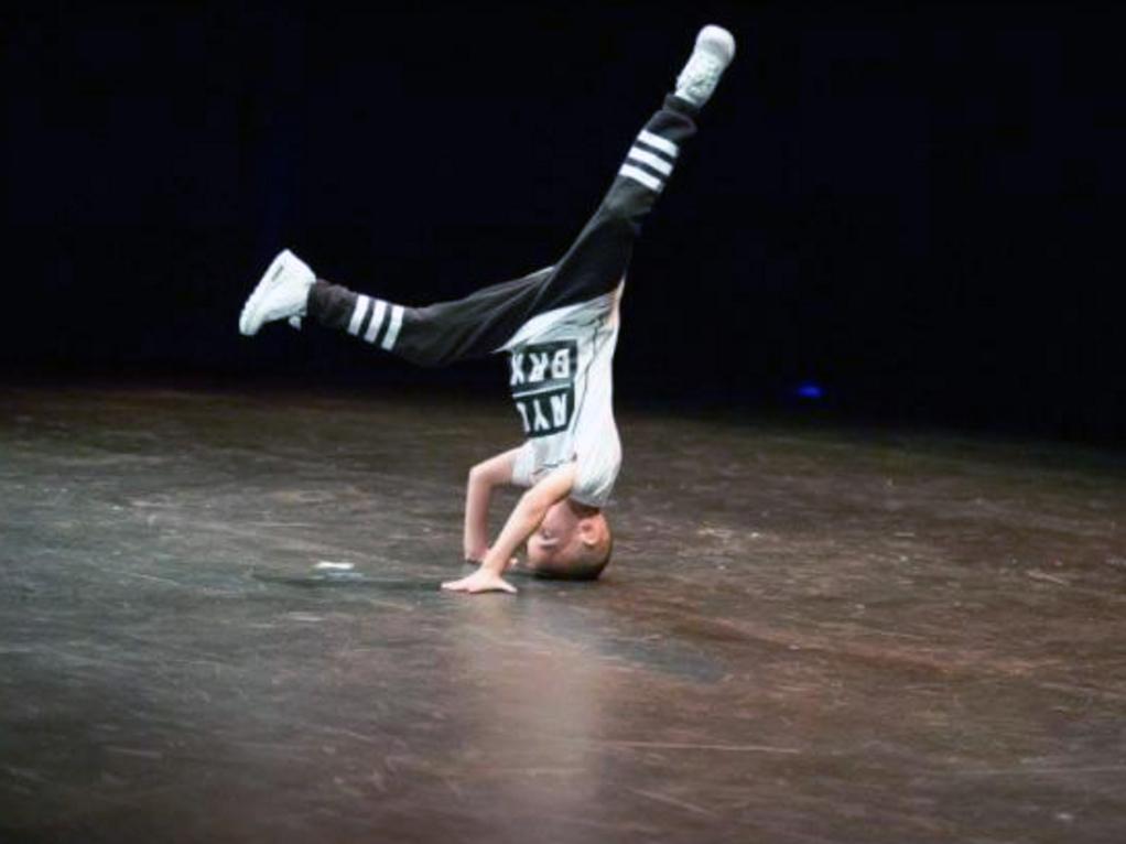 発達障害に負けない。9歳のダンサー d1-1