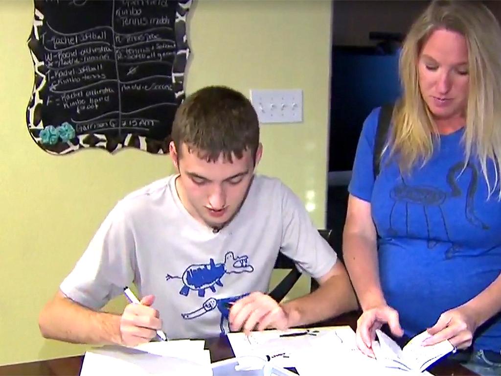 発達障害の若者が創造力とFacebookで稼ぐ