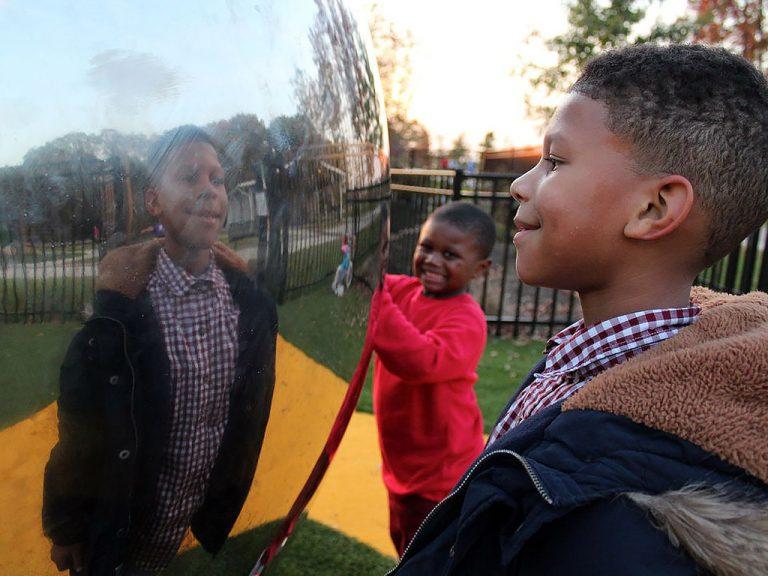 発達障害の子どもに「最高」の公園