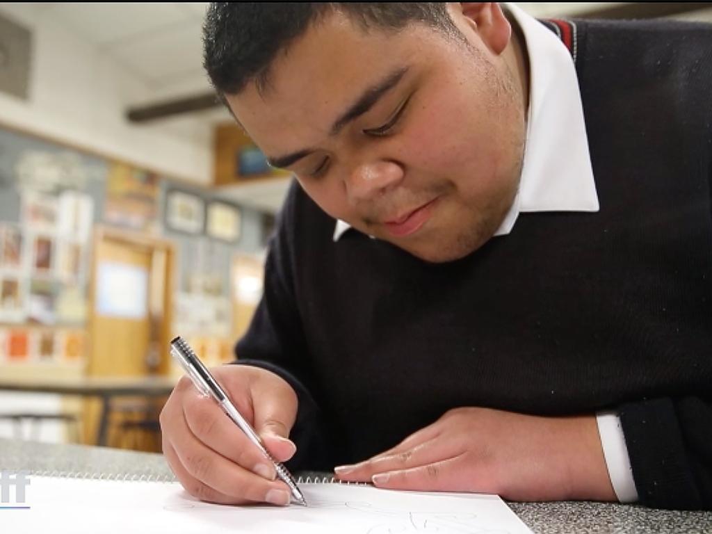 発達障害と視覚障害でもペンは止まらない