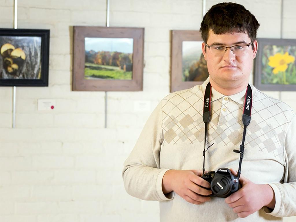 写真は自分の代わりに人に伝えてくれる。発達障害の青年写真家