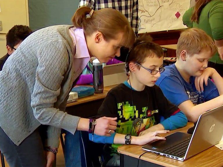 発達障害の子にGoogleが学校に来て教える