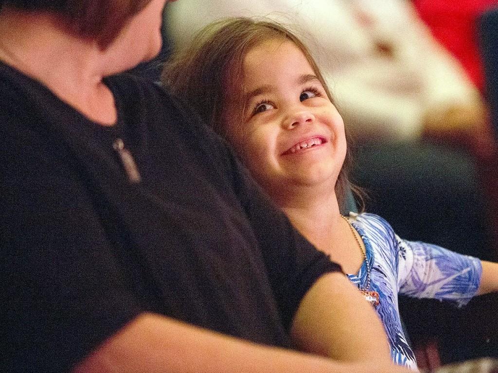障害のある子に配慮された刺激の少ない演劇