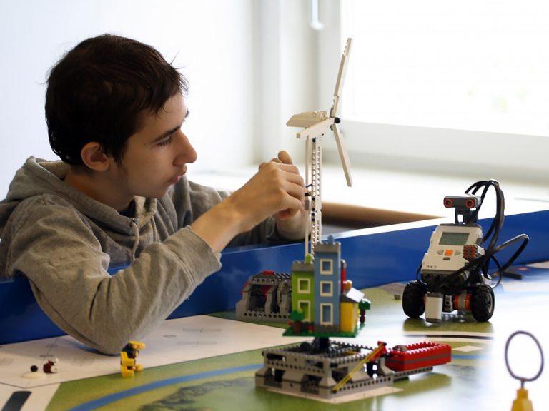 発達障害の人からイノベーションが生まれる