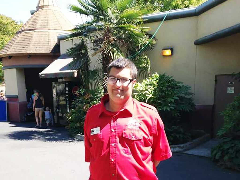 発達障害の青年は動物園で働くことを目指す d2
