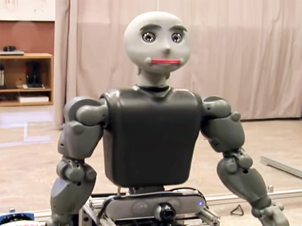 発達障害の人の社会性を育む支援ロボット r4