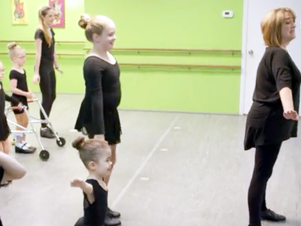 特別支援が必要な子どもたちへのダンス教室 d10