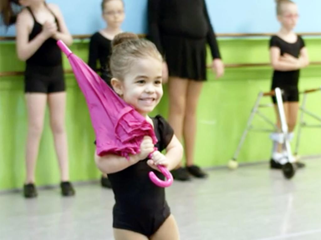特別支援が必要な子どもたちへのダンス教室 d8