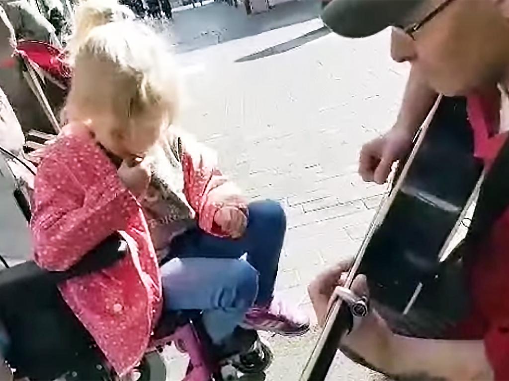 音楽が生んだ発達障害の子とのうれしい機会 g1-2