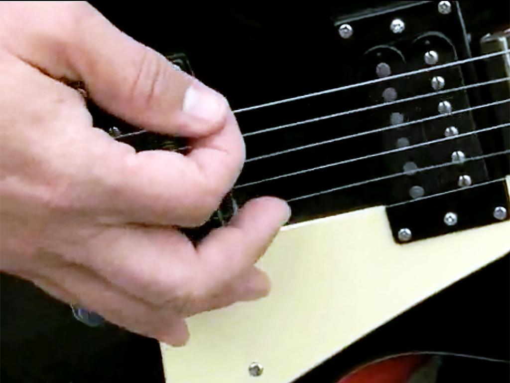 発達障害のエアギタリストに本物が贈られる g2