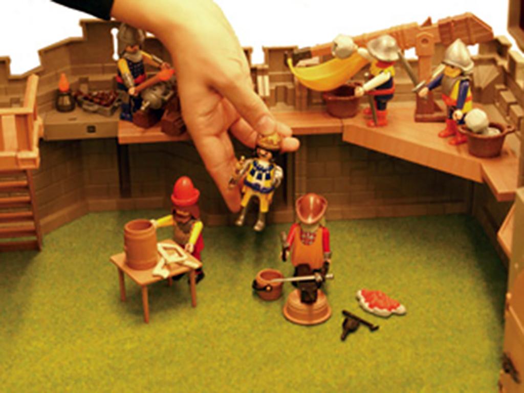 発達障害の子を変える反応するお人形での遊び s2-1