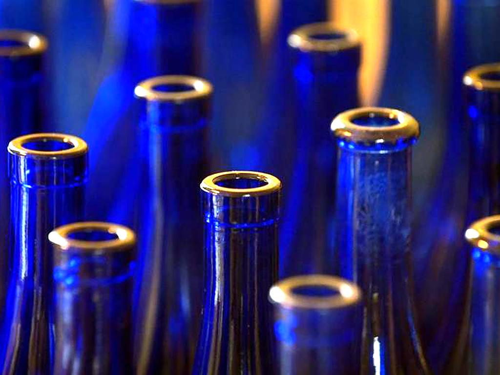 ワインボトルで発達障害の人の働く場を作る g4