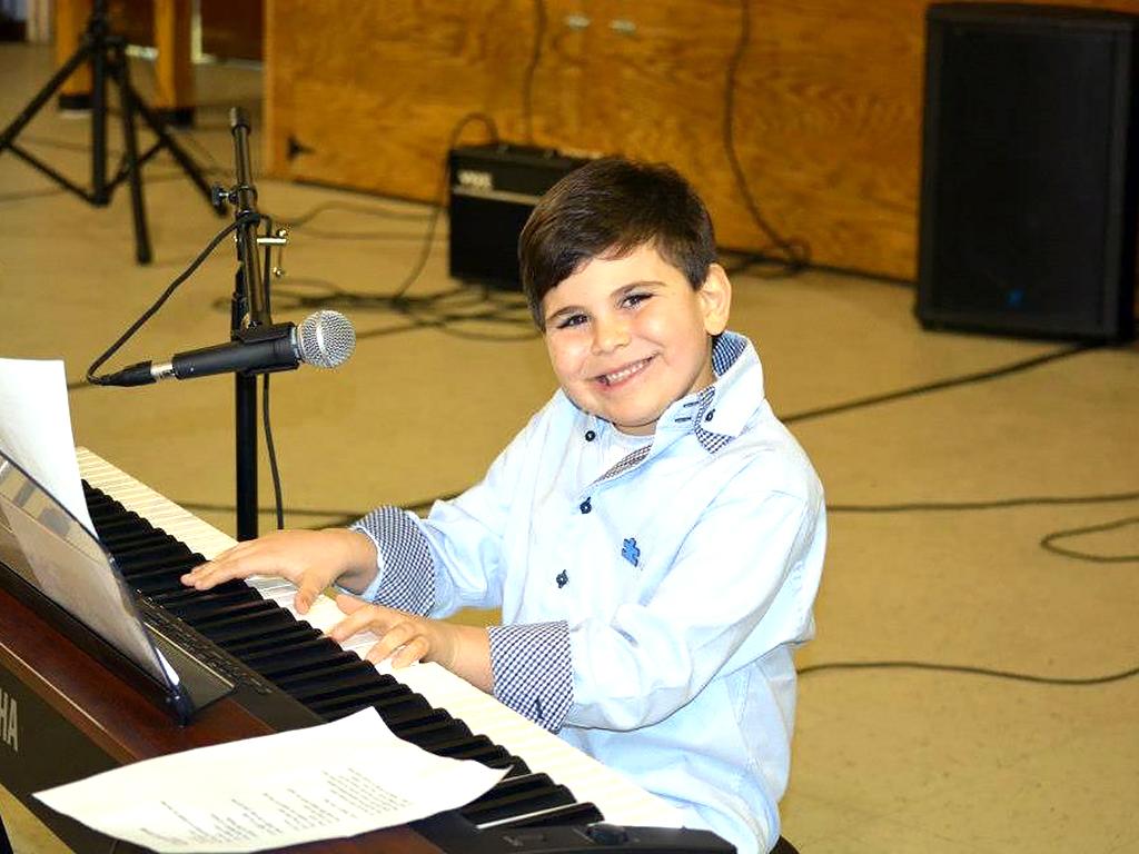 音楽が自閉症の息子をこの世界へ連れ出した m1-1