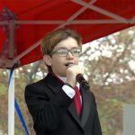 言葉がなかった発達障害の息子が、今は歌う