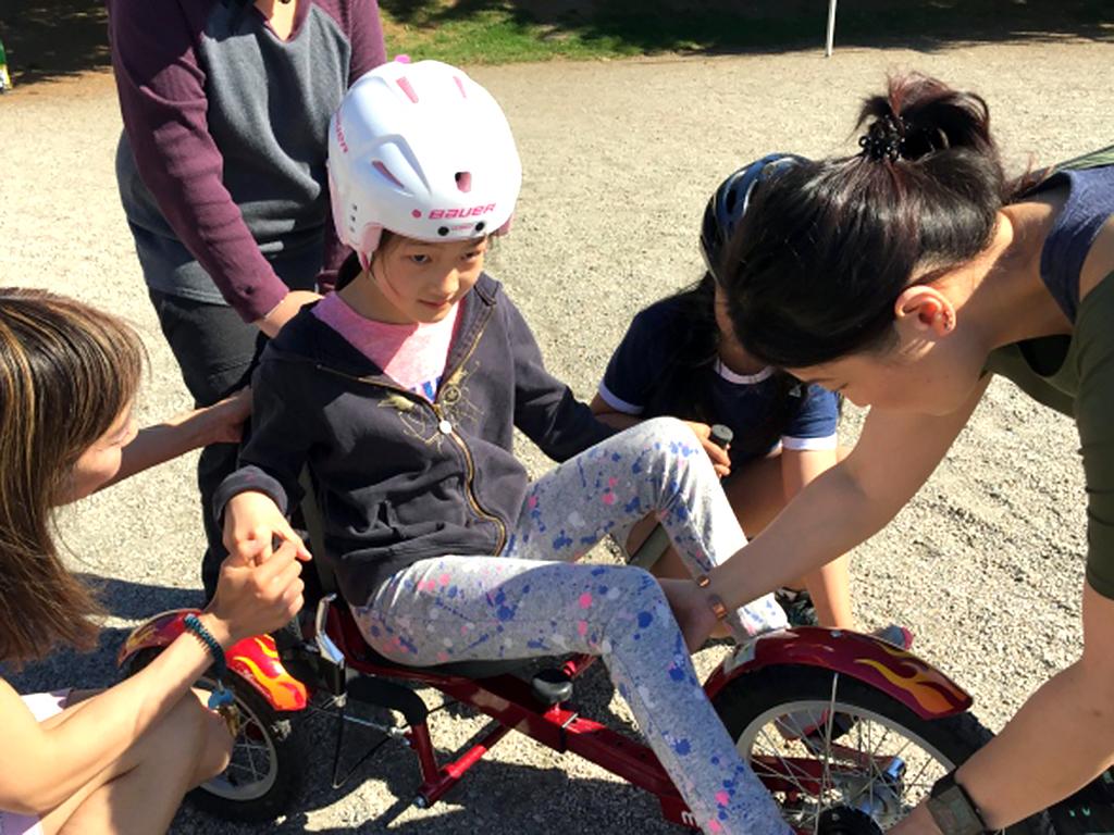 自転車が怖かった発達障害の子たちも3輪自転車で練習ができる b3-1