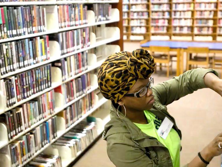 発達障害の子でも、誰にでも役に立つ図書館