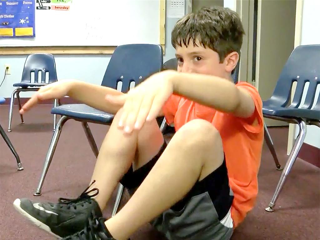 発達障害の子たちがストレスコントロールができるようになるヨガ y1