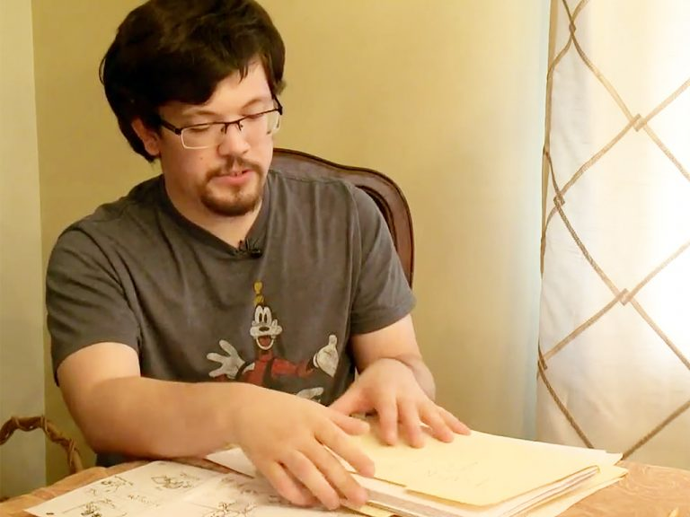 発達障害の青年は大好きなアニメで未来へ