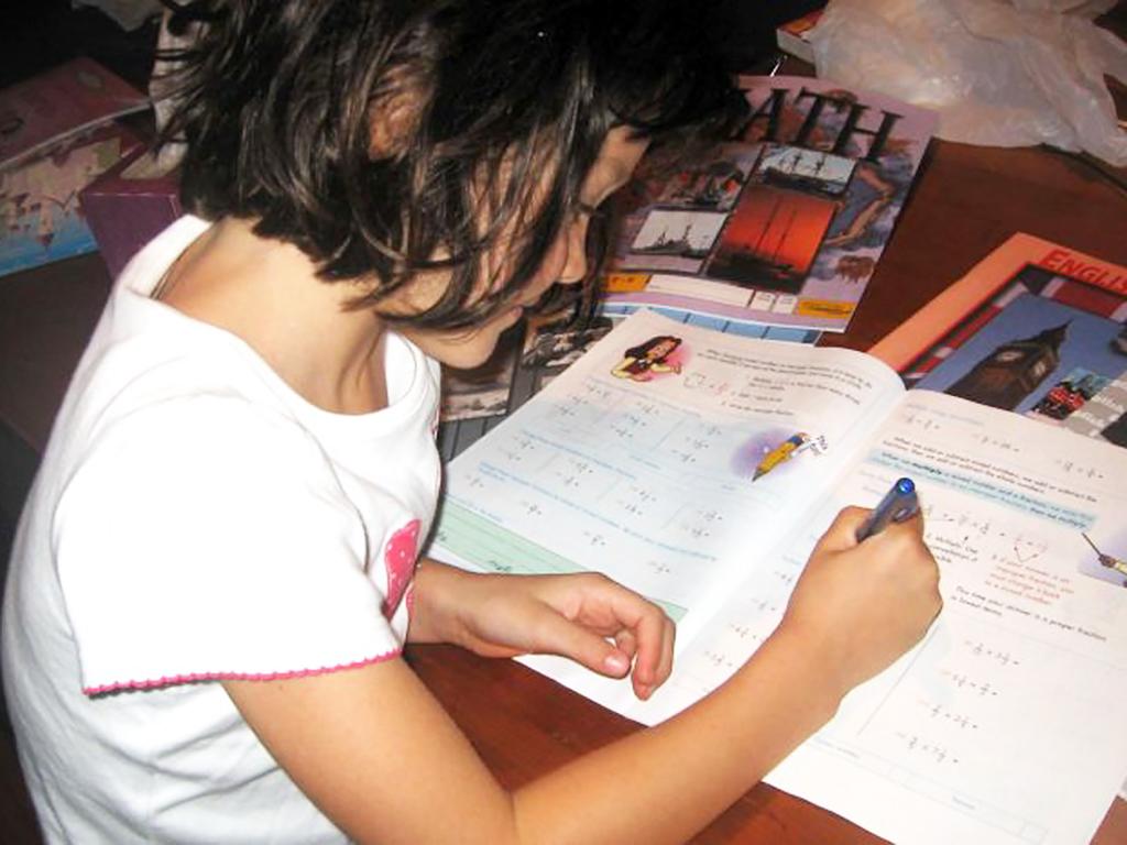 不登校を選び発達障害の子が家庭学習で成長