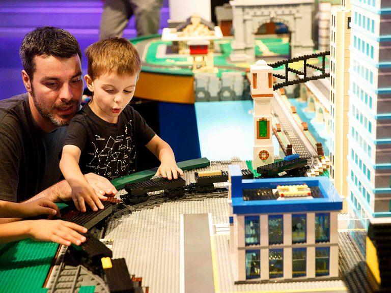発達障害の子どもと家族向けの遊べる機会