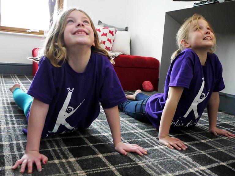 発達障害の子と親でリラックスの方法を学ぶ