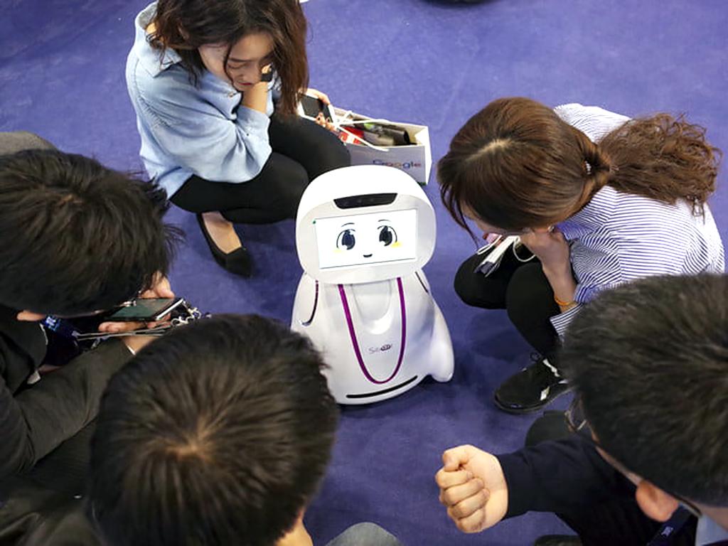 発達障害の人を助けるAIとロボットの進展 r1