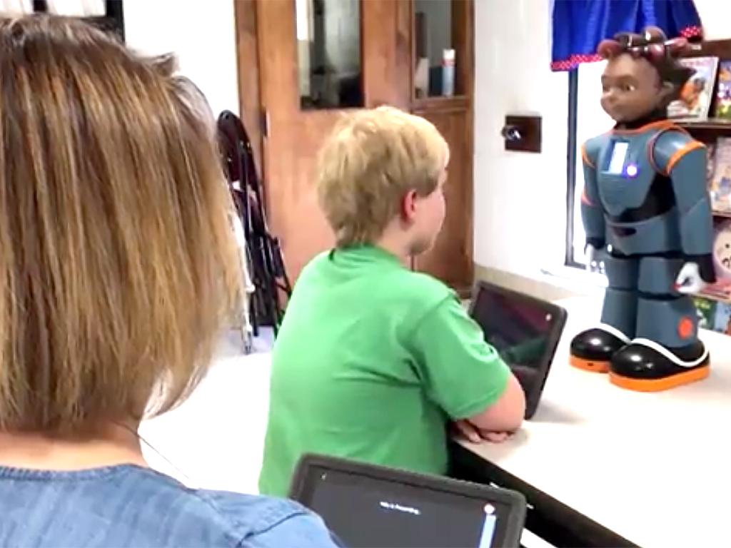 発達障害児向けロボットの学校導入が進む r4
