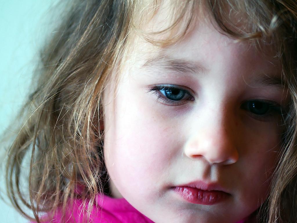 自閉症の女の子のほうが日常生活での困難をかかえることが多い g1