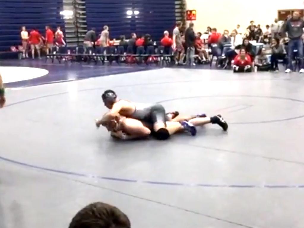 発達障害の少年はレスリングにのぞむ態度と心構えからリーダーに r2