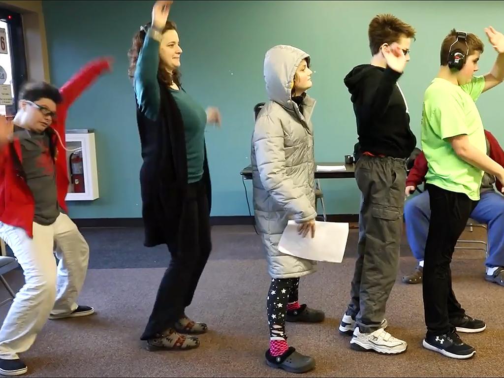 発達障害の子たちが即興コントで学んでいく s11-1