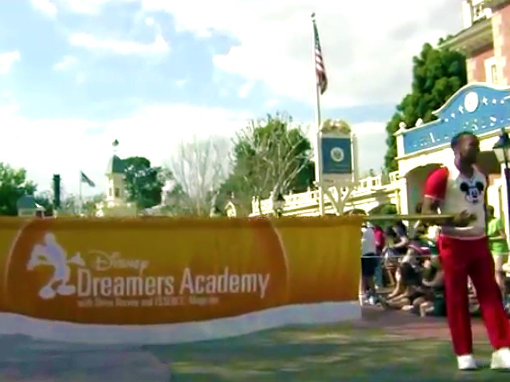 ディズニーのプログラムに選ばれて、発達障害の少女は夢を叶える s3-2