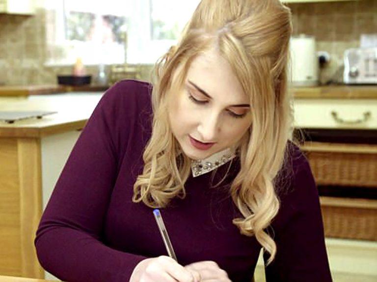 アスペルガー症候群の彼女はイギリス一番のお金の節約ブロガー