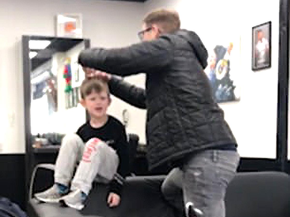 行けなくなった子もここなら大丈夫。発達障害の子に優しい理髪店 c4-3