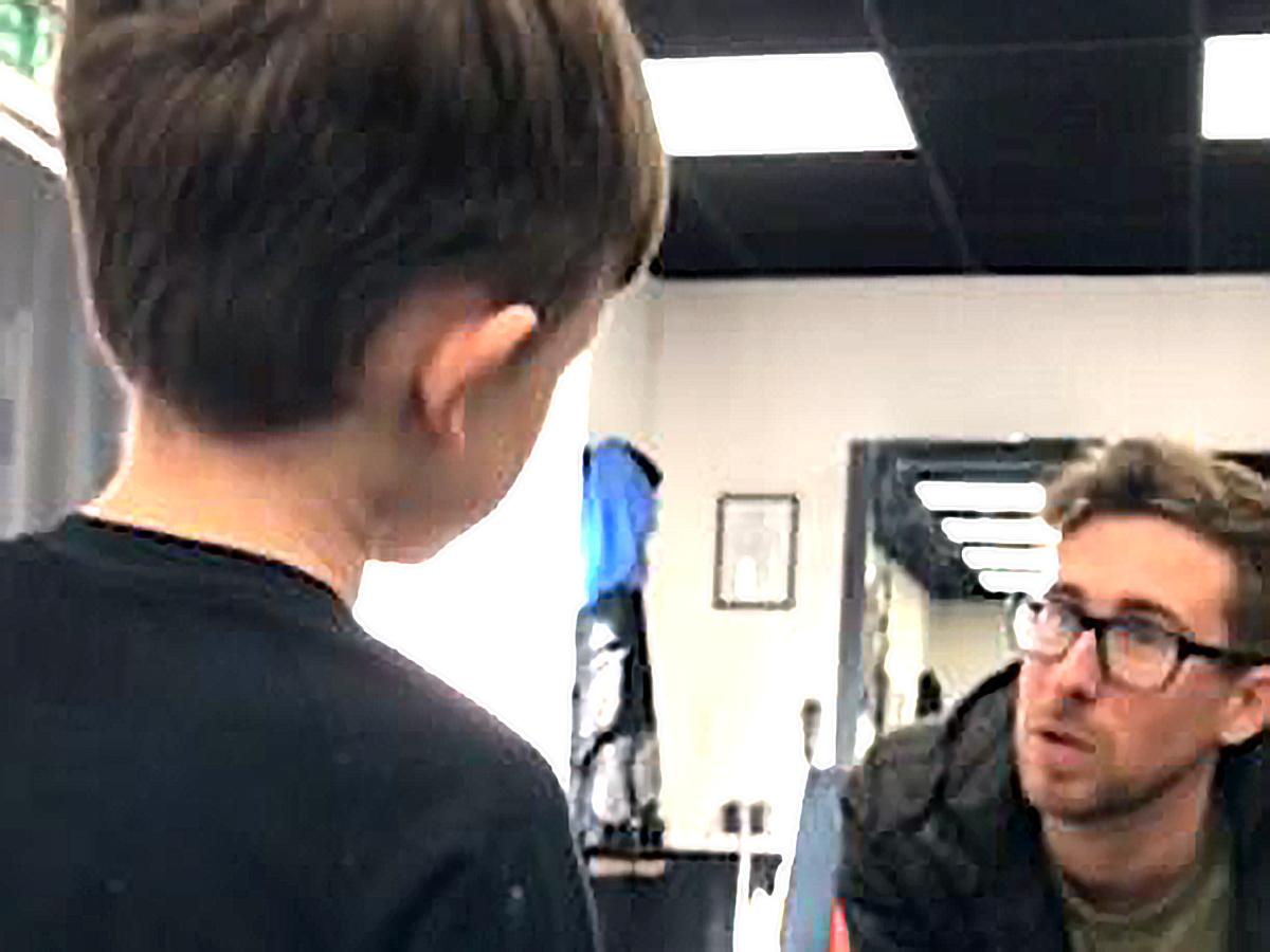 行けなくなった子もここなら大丈夫。発達障害の子に優しい理髪店 c5-3