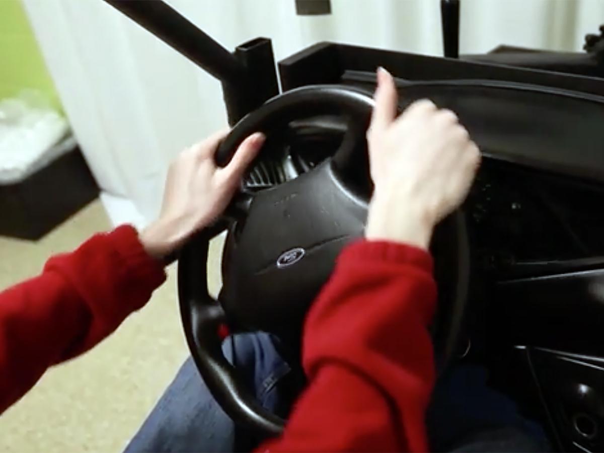 雇用されない理由にも。発達障害の人が学べる運転シミュレータ d2-2
