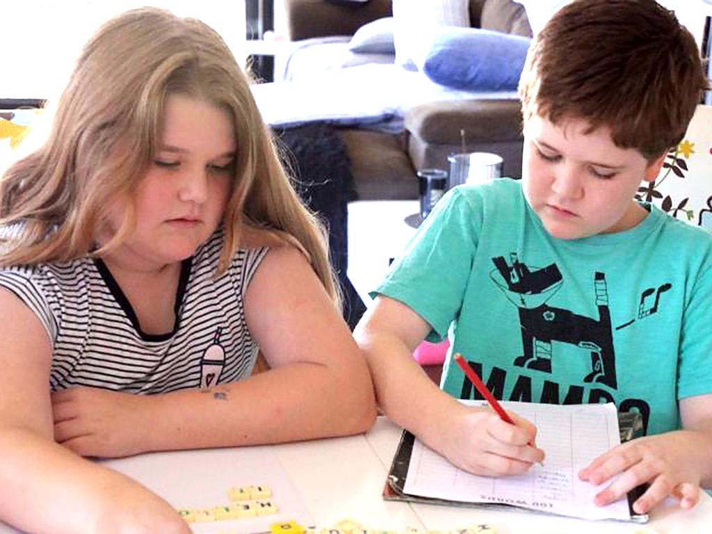 学校に行くのをやめて、発達障害の子たちが自宅学習で幸せになる