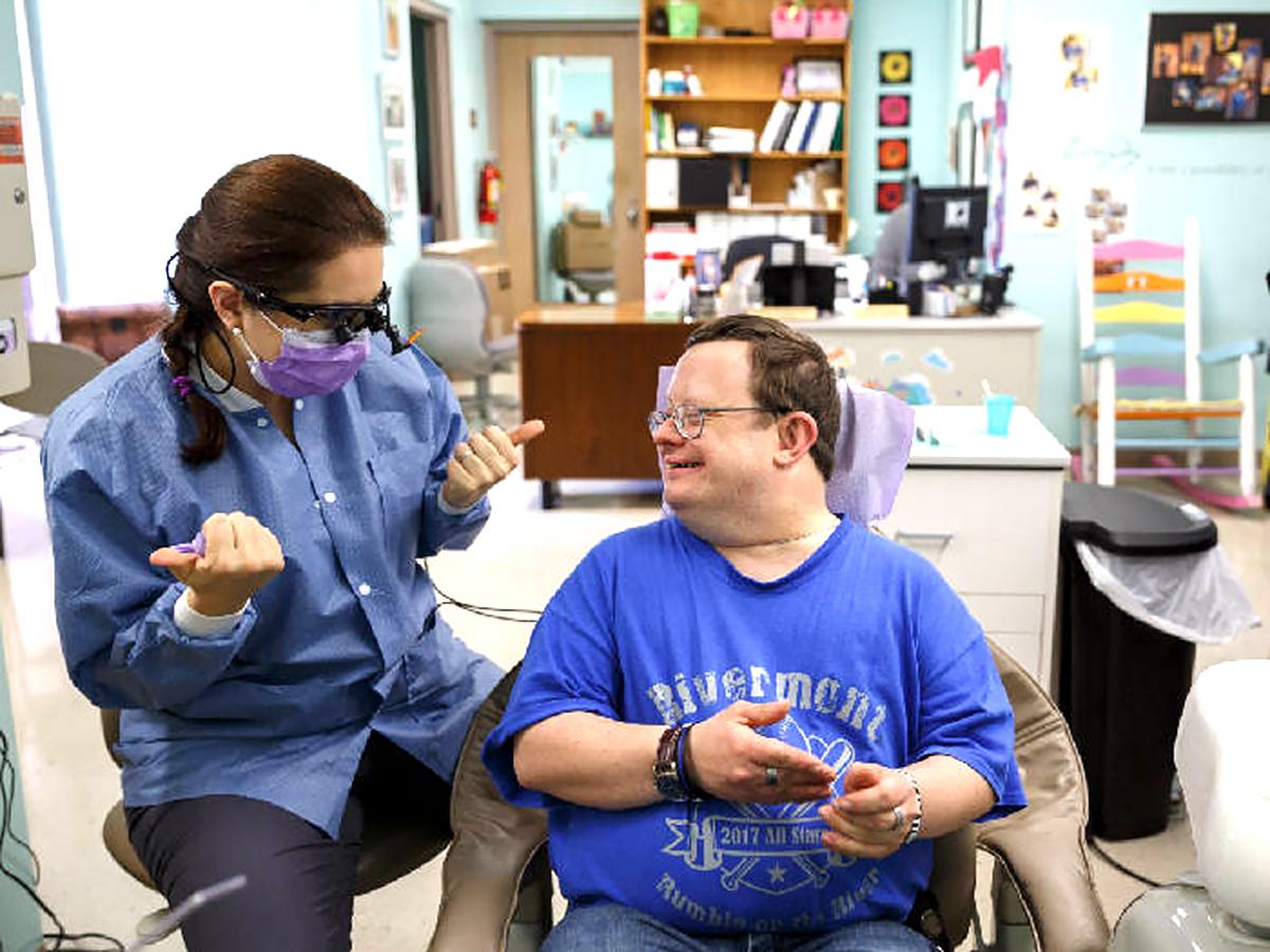 発達障害の人の歯科治療をもっと受けやすく h2