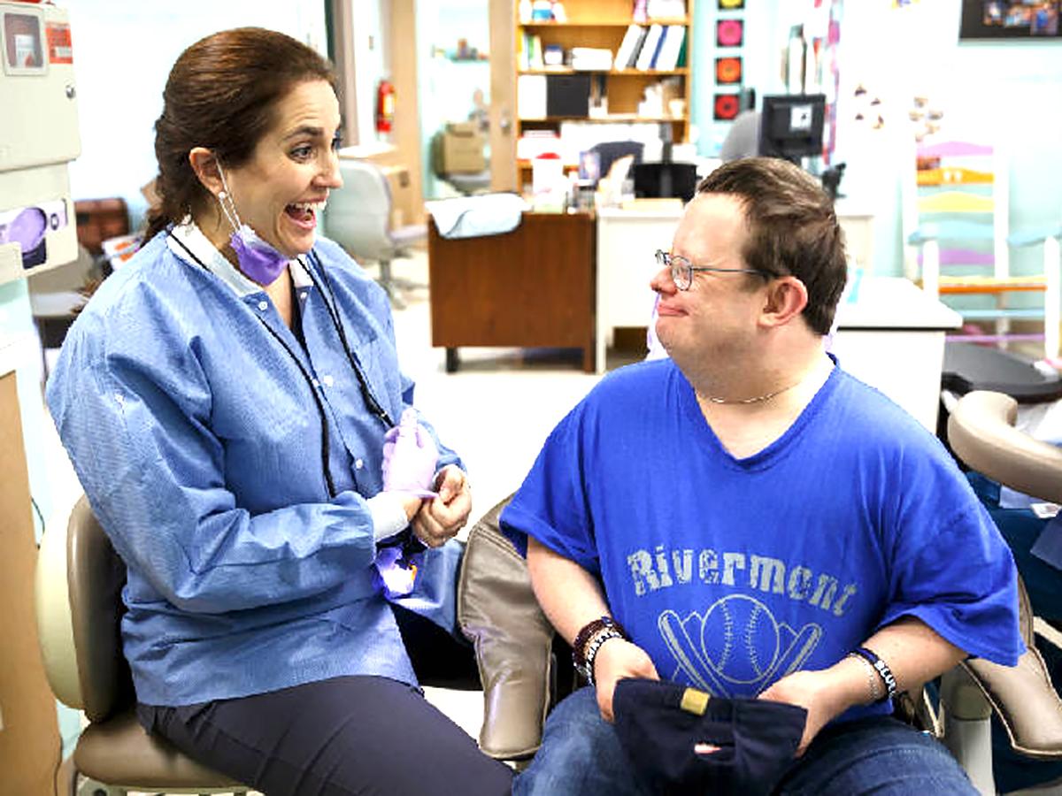 発達障害の人の歯科治療をもっと受けやすく
