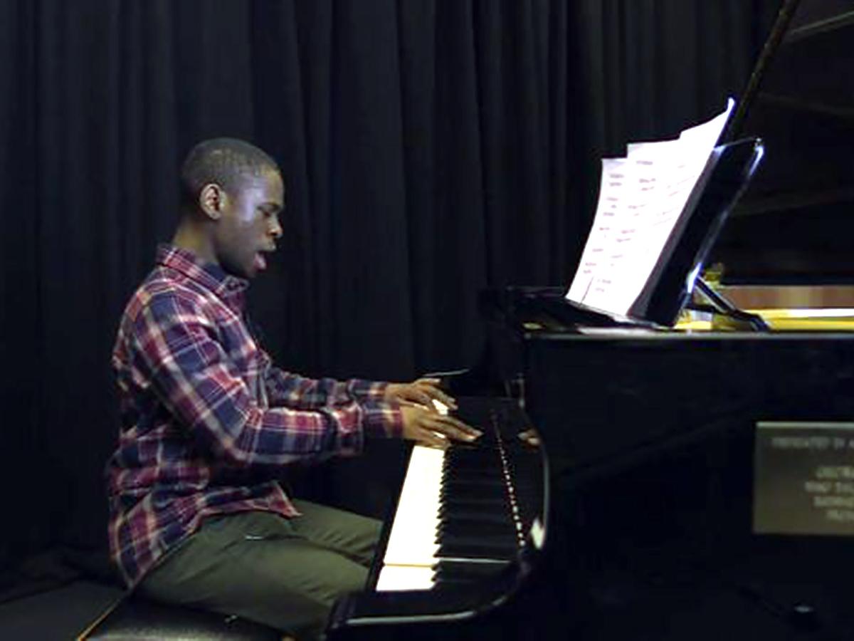 発達障害の天才少年は頭の中で音楽をダウンロードしていると言う