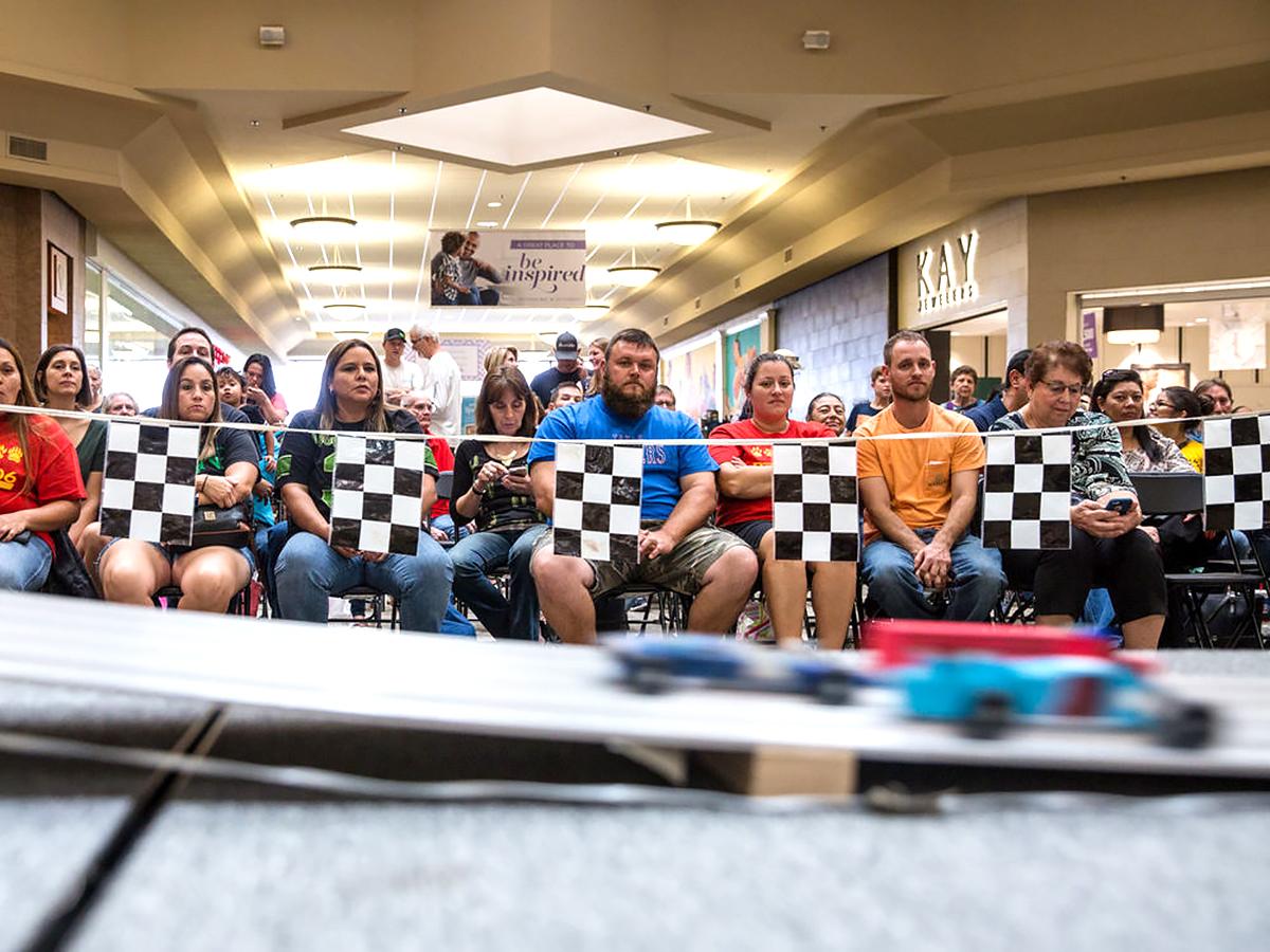 発達障害の子と親も楽しむ手作り車のレース r6