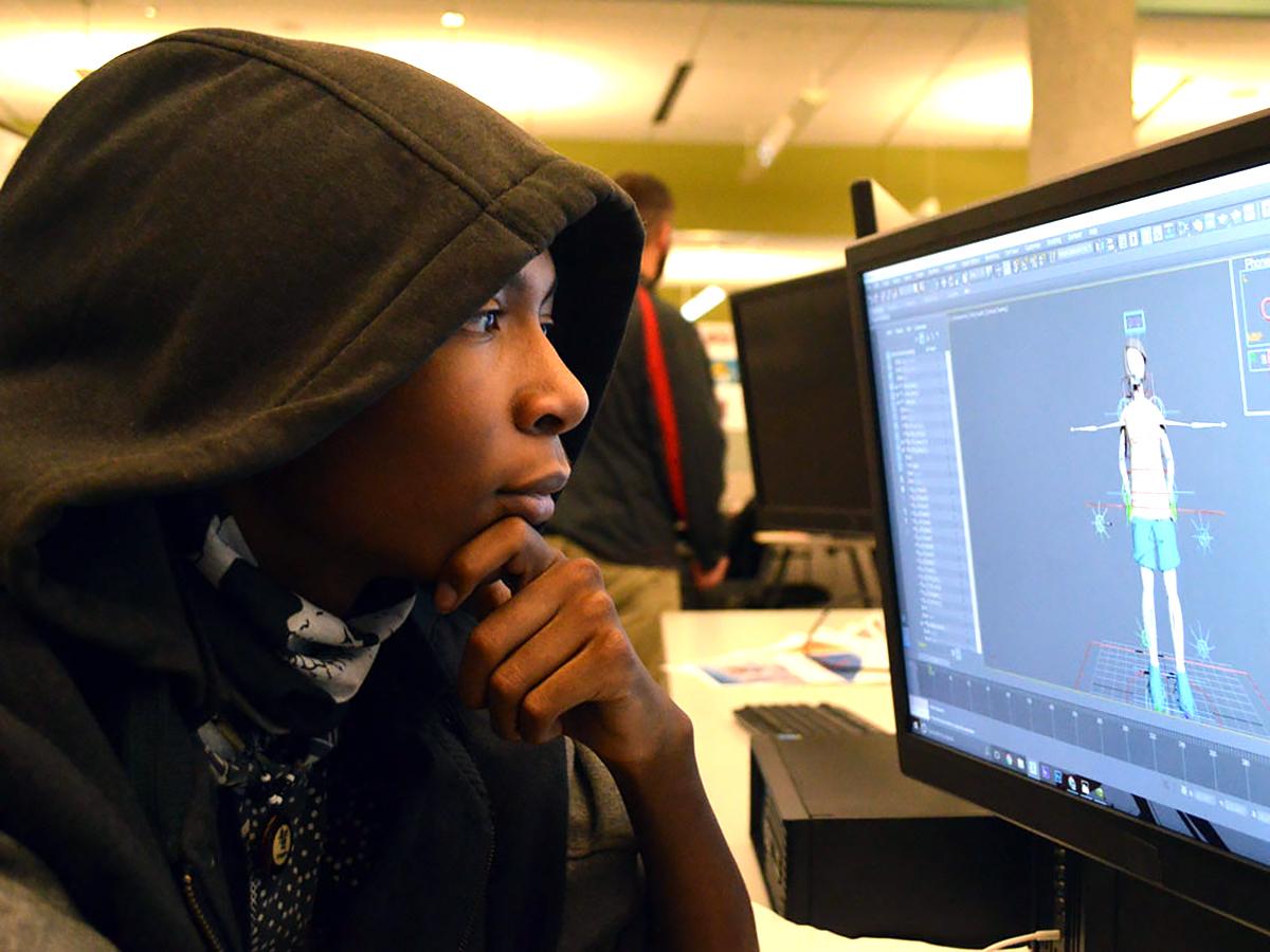 発達障害の生徒たちが自分に役立たつ発達障害者向けのVRを開発