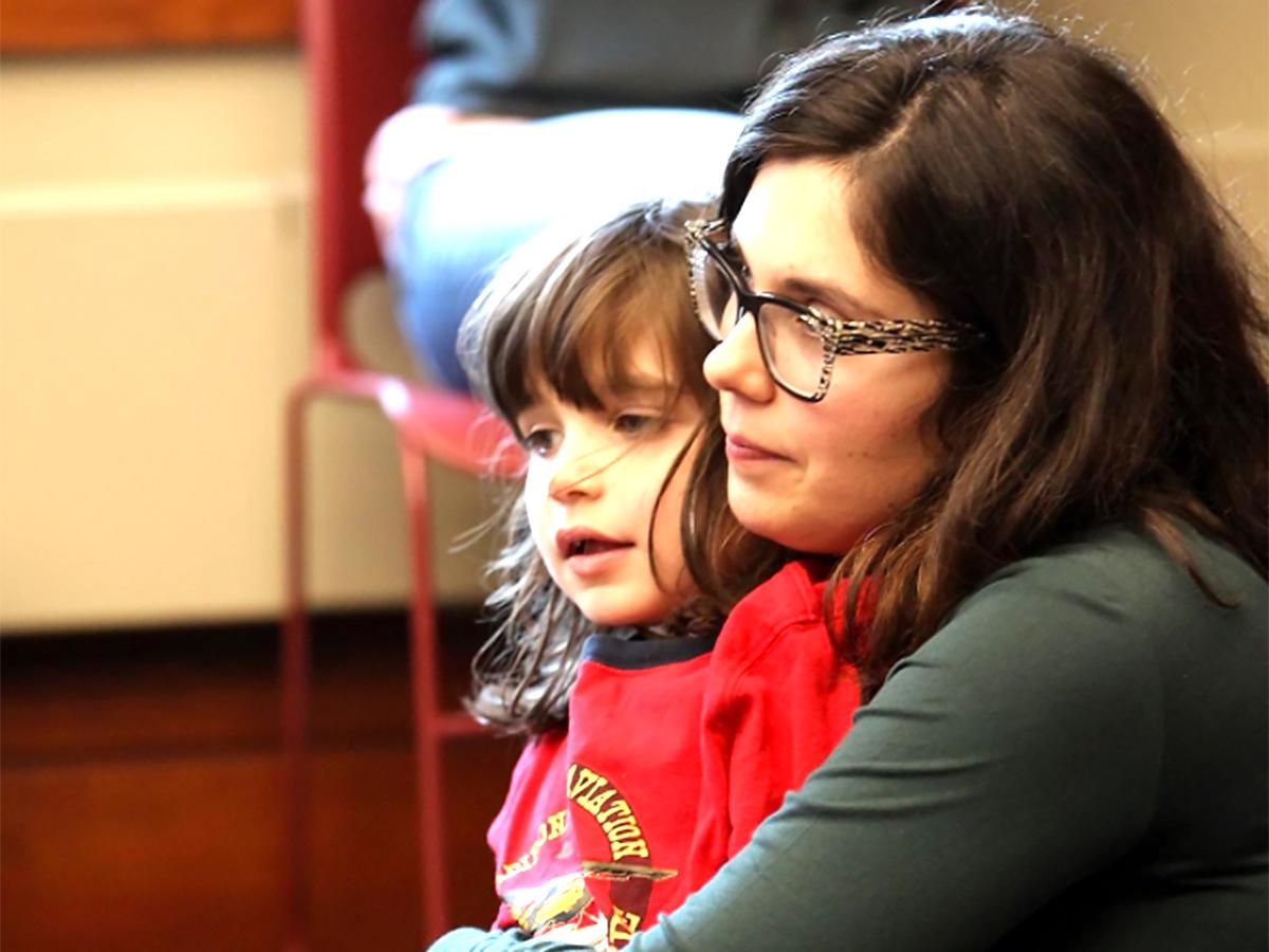発達障害の子と家族たちも歓迎。来てもらうために取り組む図書館 y9