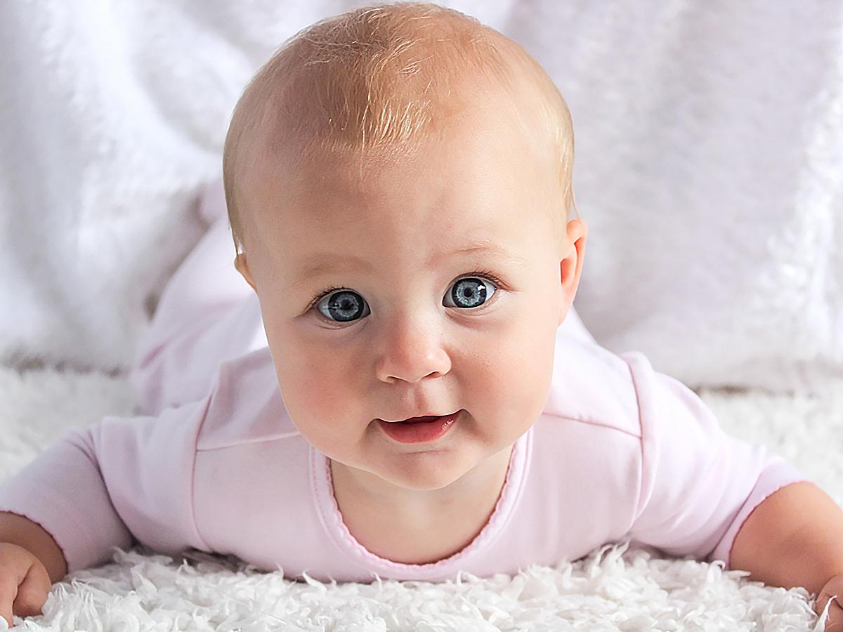親は生後12ヶ月までは医師よりも正確に発達障害の兆候を発見