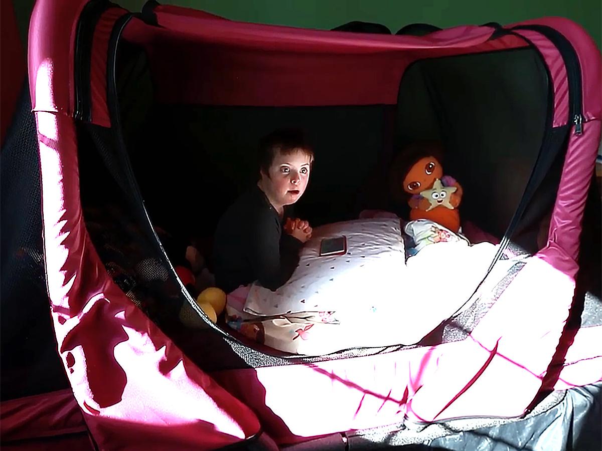 発達障害の子ども向け安全ベッドで家族全員も安心し眠れるように b4-2